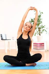 http://ecole-sophrologie.com/images/sophrologie-yoga.jpg